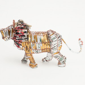 Recycled can lion lrg